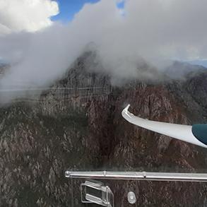 Gliding at Mount Barney