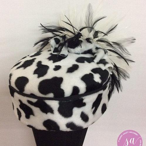 Giselle pillbox hat