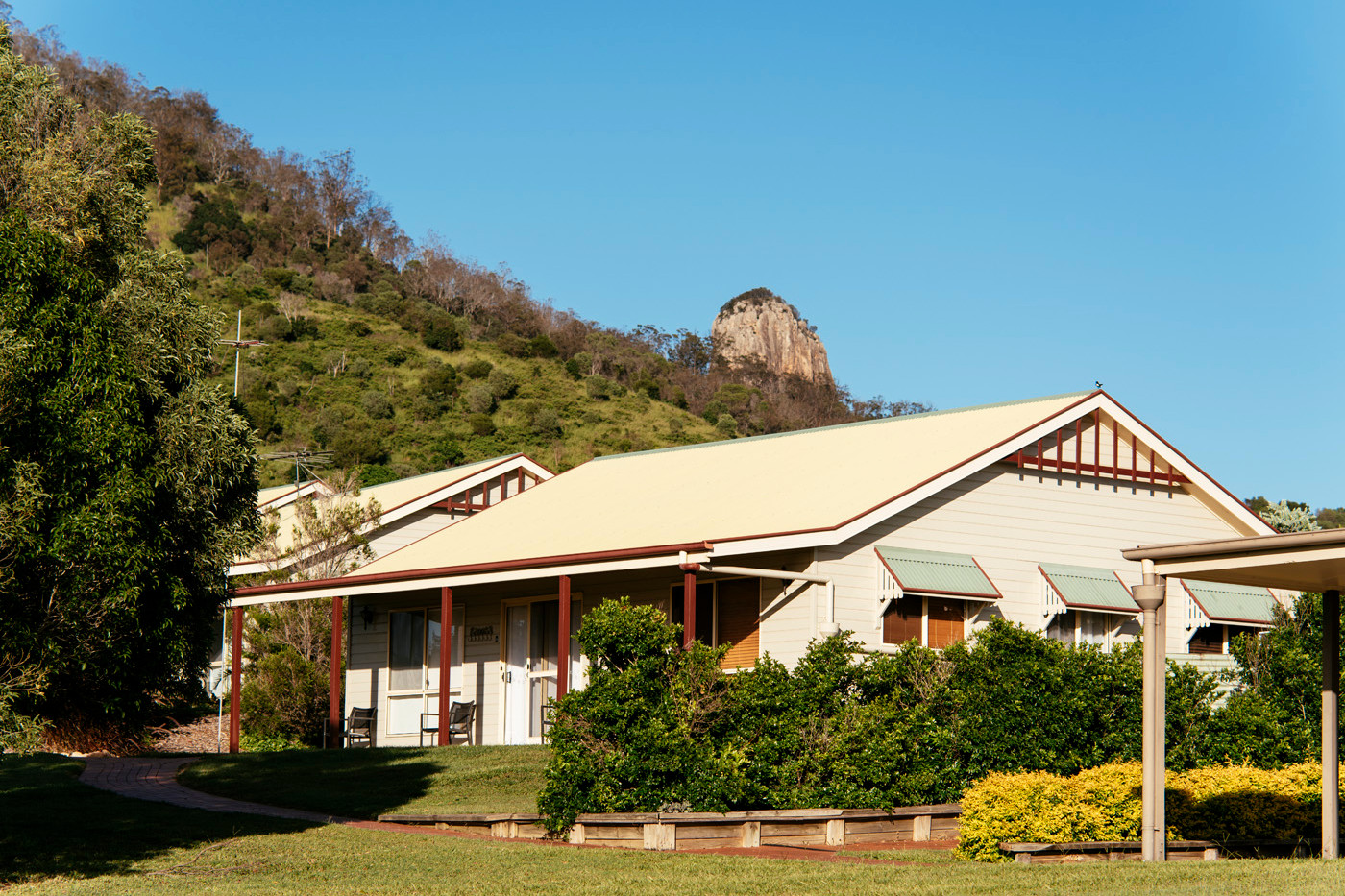 Mt Alford Lodge cabins