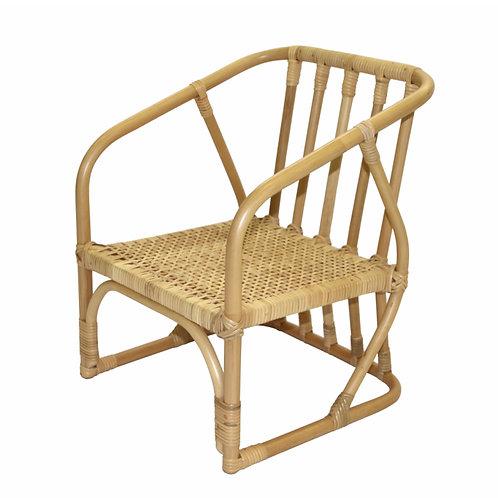 籐の子供椅子
