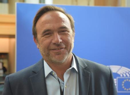 Στο Open TV ο ευρωβουλευτής ΣΥΡΙΖΑ-Προοδευτική Συμμαχία, Πέτρος Κόκκαλης