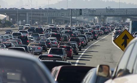 Rush-hour traffic approaching the Oaklan