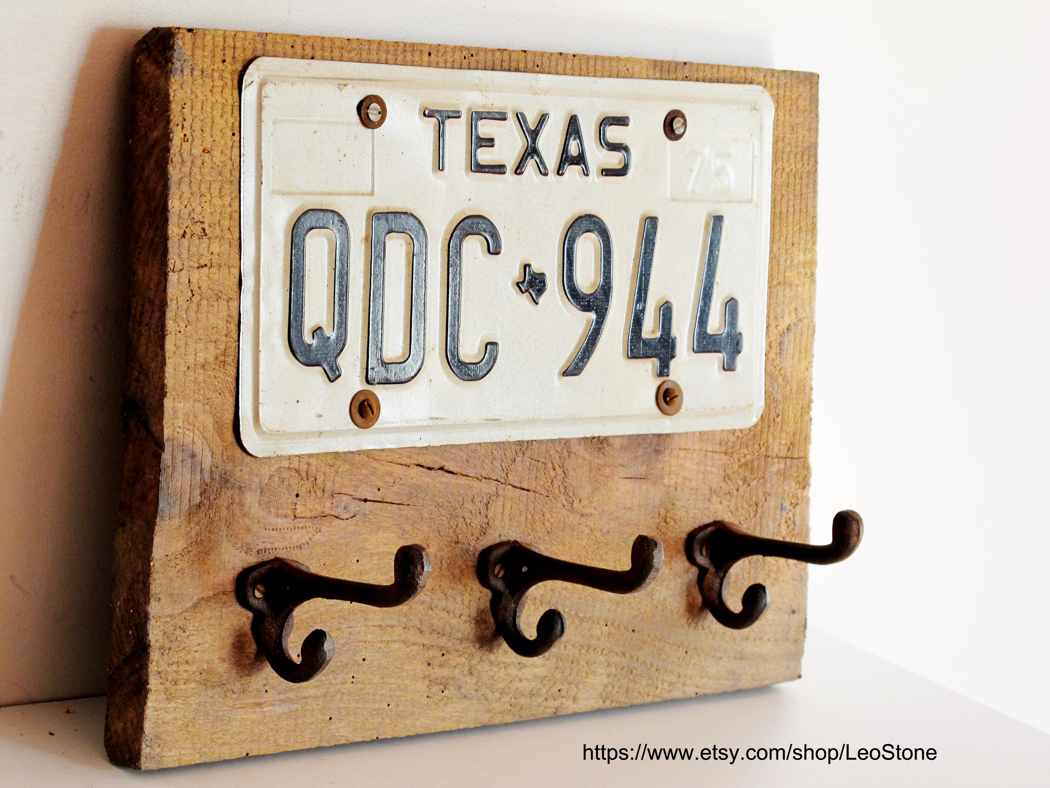 coat hanger texas plate usa