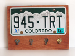 key hanger colorado plate