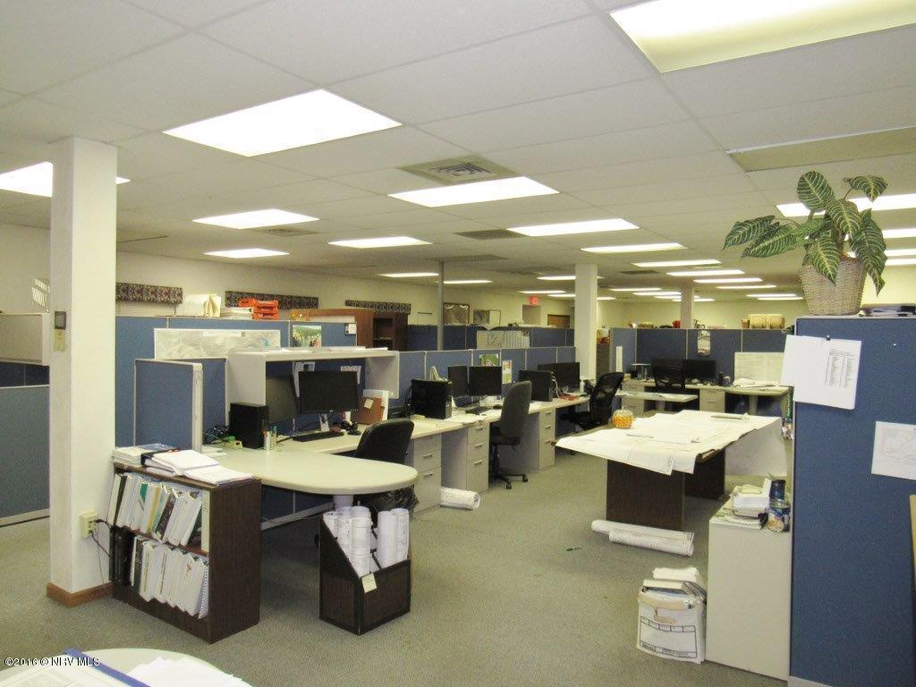 cubicles3.jpg