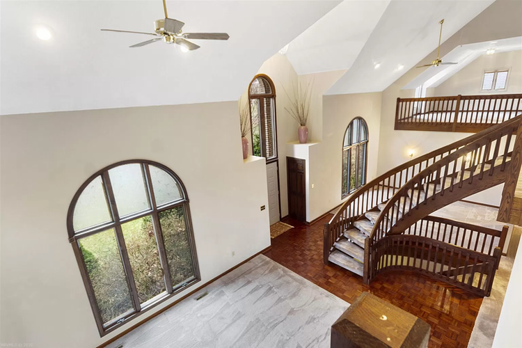 grand view of first floor