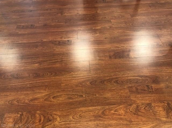 401 S Main laminate flooring.jpeg