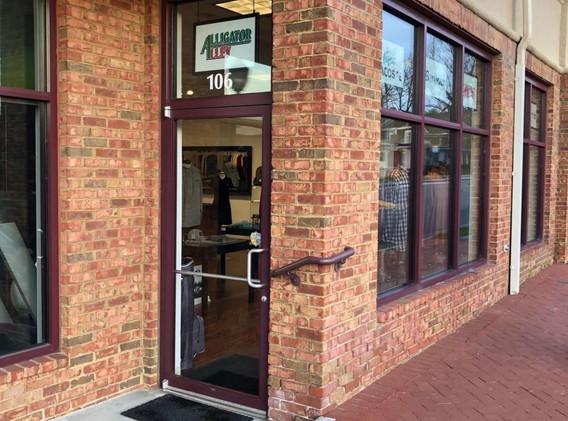 401 S Main Entrance.jpeg