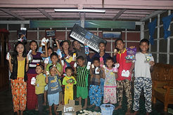 PICTURE MYANMAR Children Group Picture.j