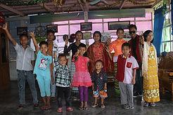 Picture Myanmar Orphans New Clothes 16.j