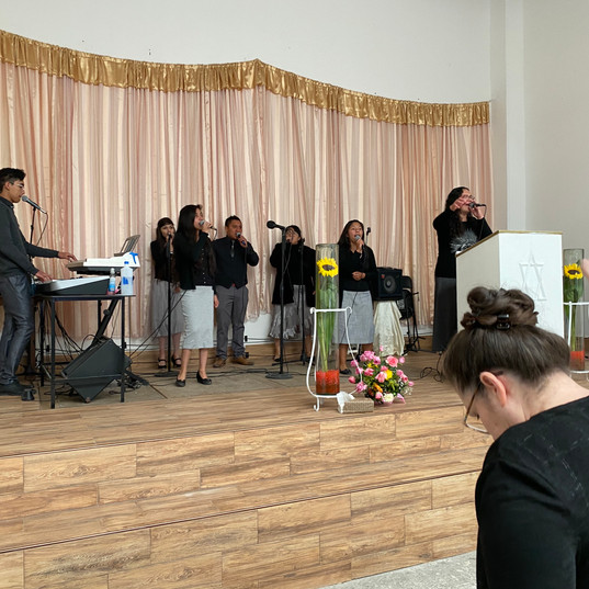 Mexico Worship team.jpg