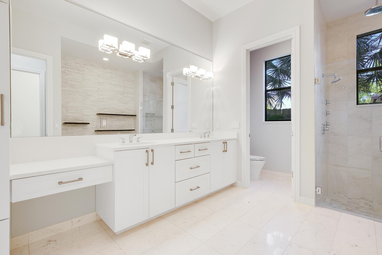 317 E Boca Raton Rd Boca Raton-large-013-19-Master Bath-1500x1000-72dpi