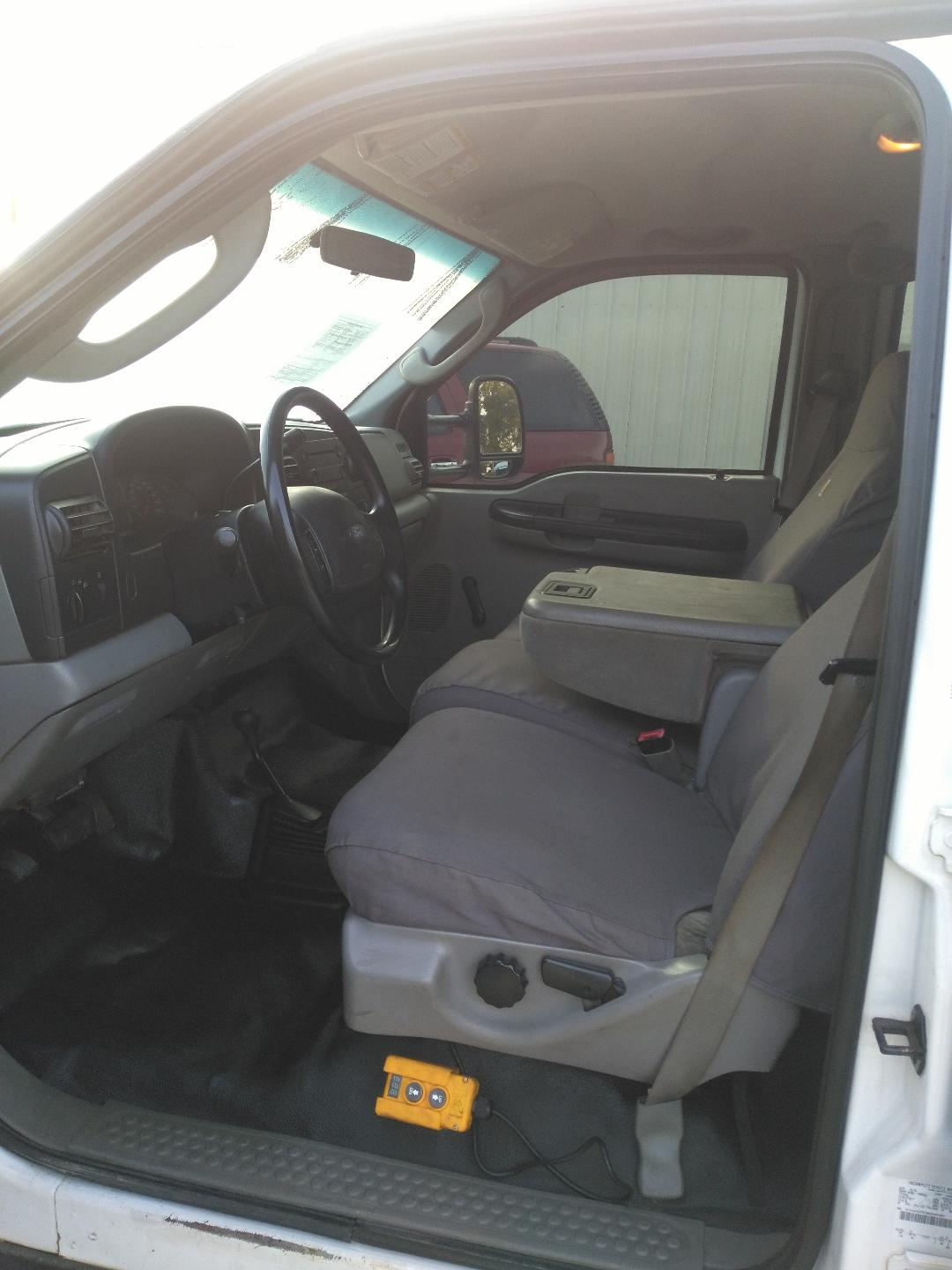 2006 ford f350 dump front seat