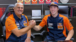 RED BULL KTM FACTORY RACING SIGN ITALIAN HOTSHOT MATTIA GUADAGNINI FOR 2021