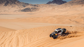 Dakar at fever pitch as rally reaches halfway point