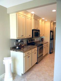 Birch Kitchen (10)_edited.jpg