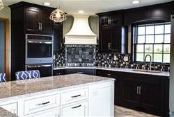 Double oven corner cooktop