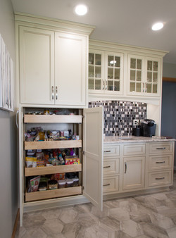 Full extension pull out pantry