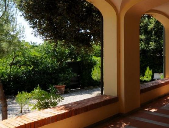 Loggiati Villa e Giardino