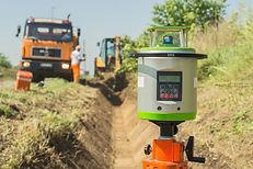 Digital rotating laser surveying equipme