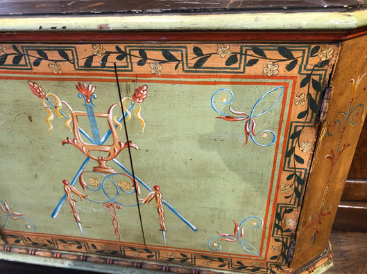 Early 19th Century Neoclassical Green Painted Italian Cabinet