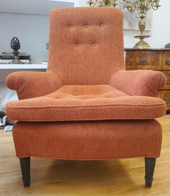 6100 - Club Chairs 8.jpg