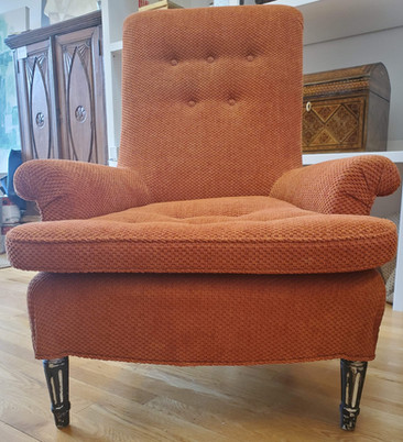 6100 - Club Chairs 7.jpg
