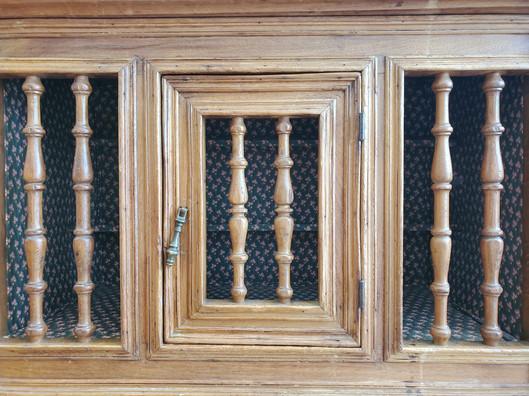 6099 - Spindle Cabinet 10.jpg