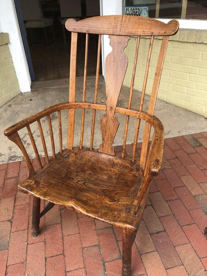 5832 - Windsor Chair