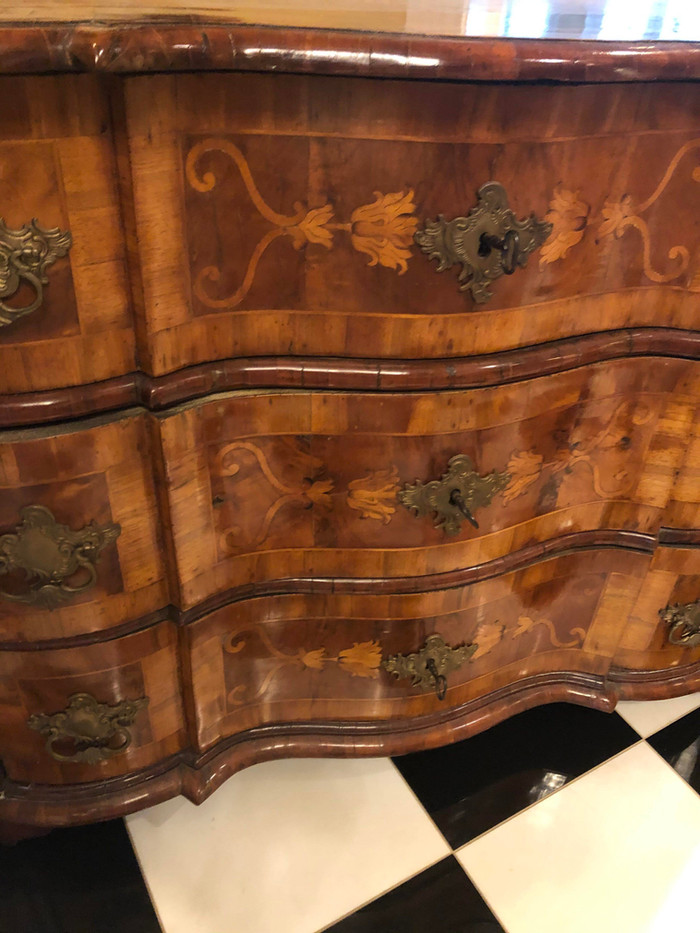 Pair of Early 18th Century Bavarian Walnut Commodes with Exotic Wood Inlay