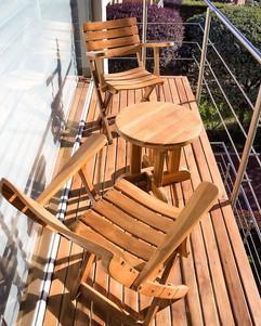 Mobiliario para terraza fabricado en mad