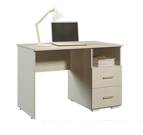 Стол письменный. Комплект детской мебели Морис