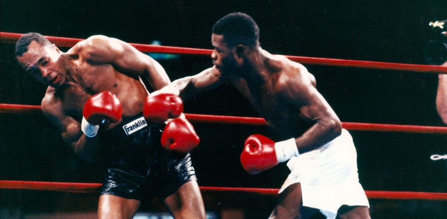 Norris on his way to a wide points victory over 'Sugar' Ray Leonard