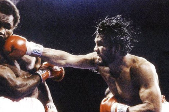 Duran's right was a constant threat