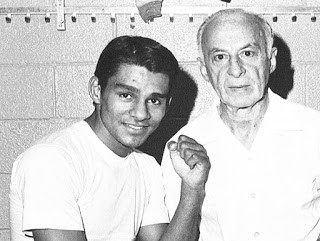 Duran with veteran trainer Ray Arcel