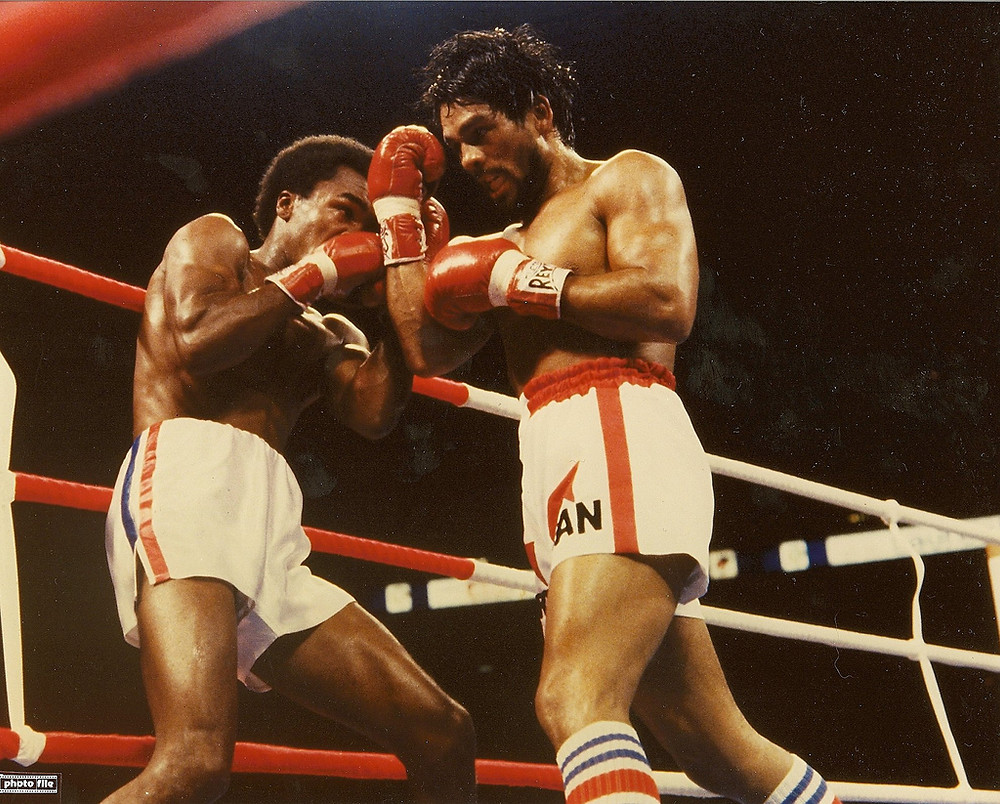 Duran forced Leonard to the ropes on numerous occasions