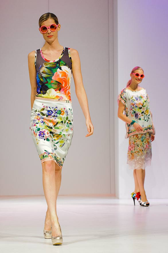 james-lakeland-dresses-at-moda-2013ss-fashion-show