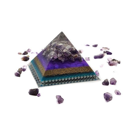 Pyramid Medium EMF Balance with Amethyst