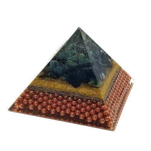 Pyramid Medium EMF Balance with Blood stone