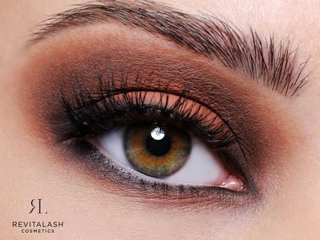 Göz Kamaştırıcı Göz Makyajı için Yapmanız Gerekenler
