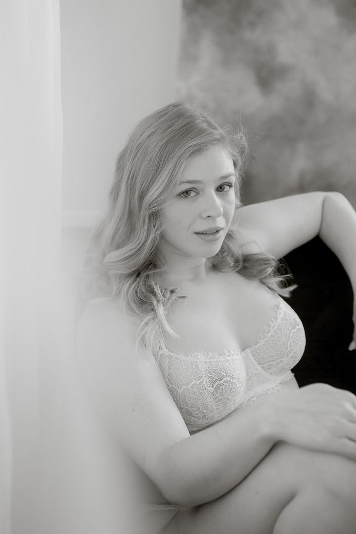 stephanie-beauty-boudoir.jpg