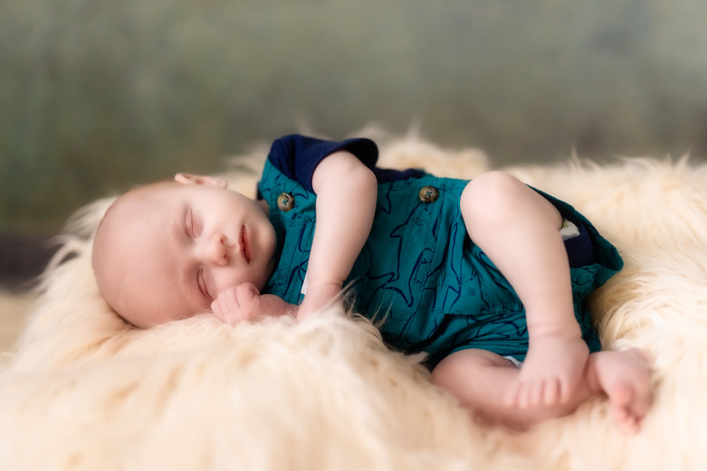 Killian Newborn-528-Edit.jpg