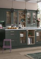 classic-georia-deep-forest-kitchen-stori