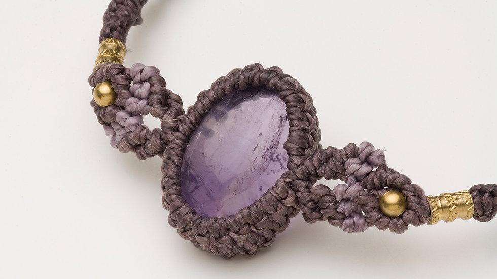 アメジスト(紫水晶)のブレスレット(マクラメ)