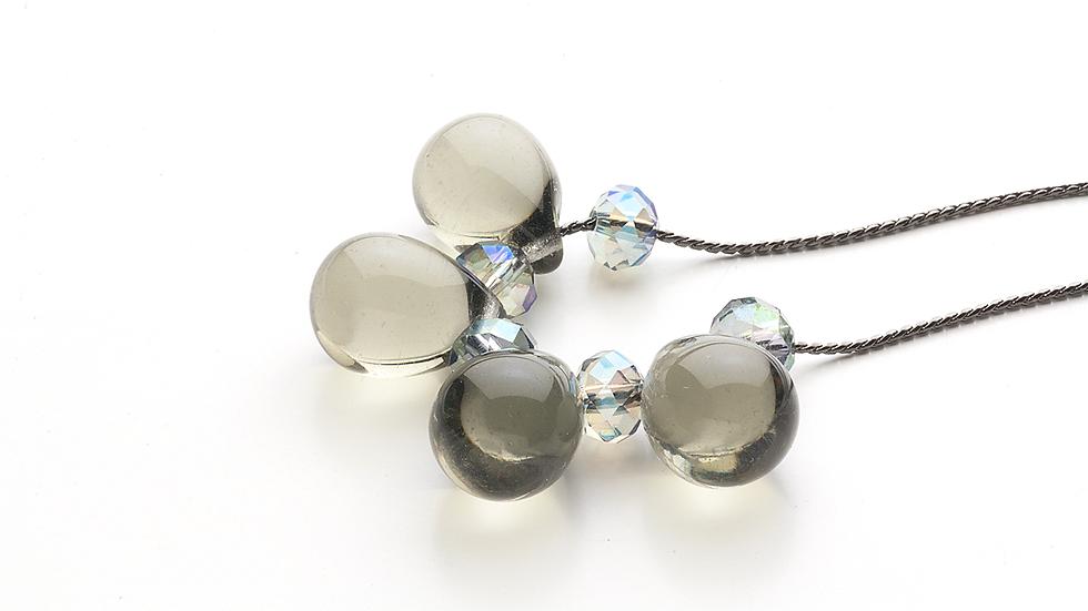 仏製ビンテージガラスのネックレス