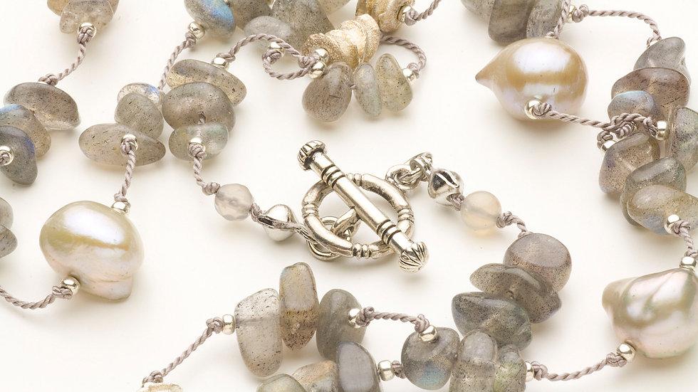 ラブラドライト(さざれ石)ネックレス
