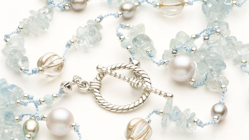 アクアマリン(水宝玉)のネックレス