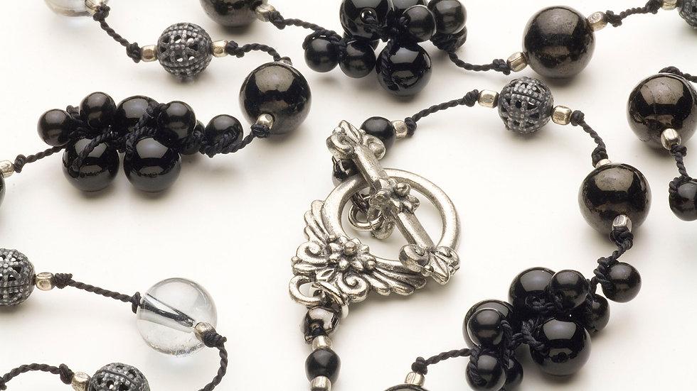 ジェット(黒玉)/オニキス/水晶のネックレス