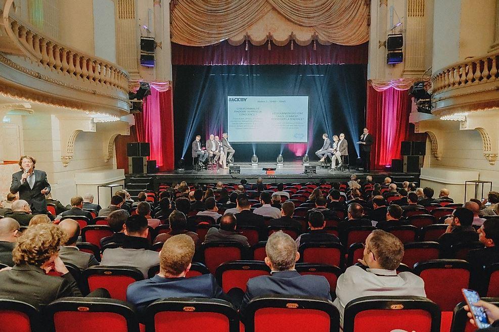 Des interventions commerciales (et scénarisées) sur scène et grand écran.