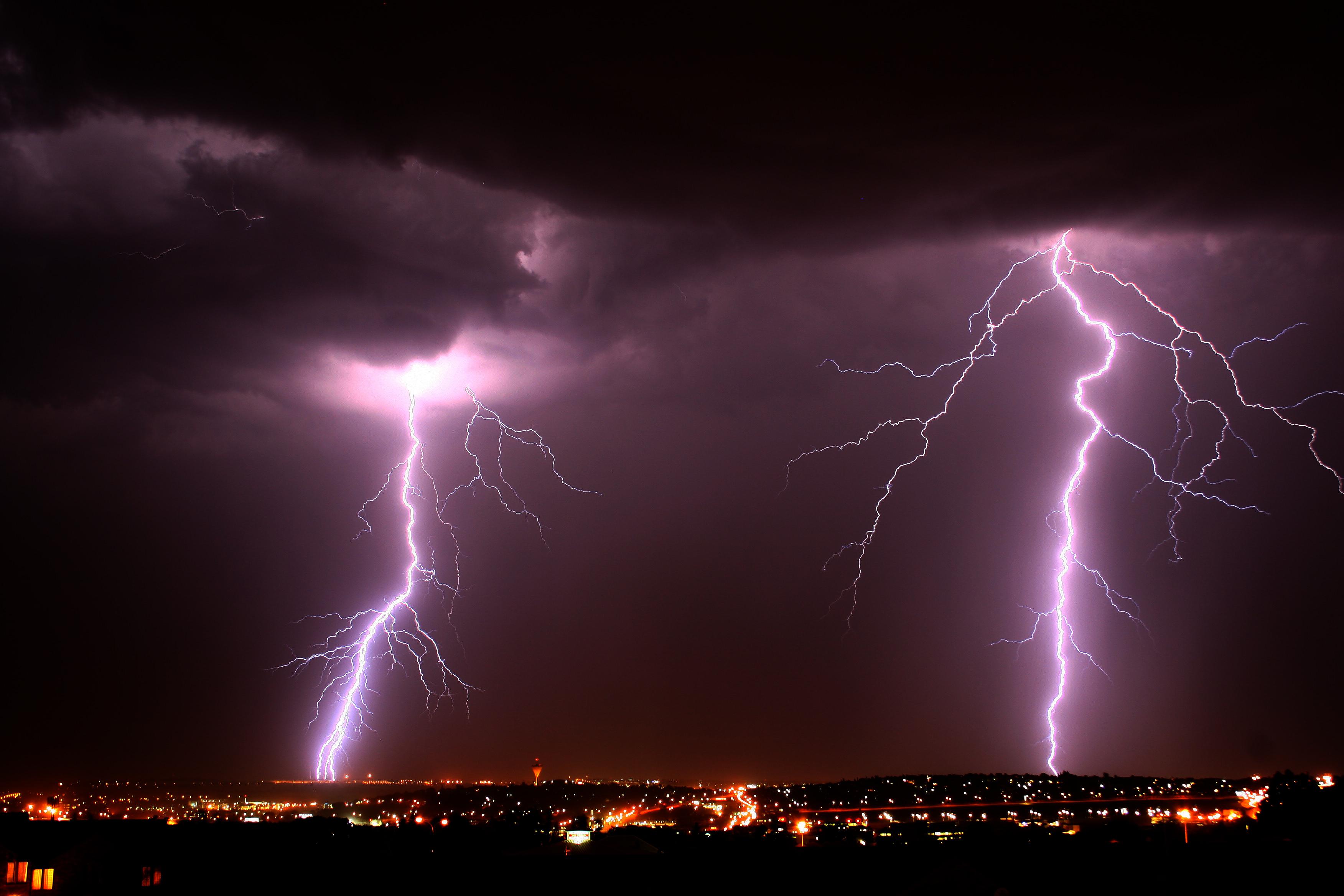 Lightning, long exposure, purple